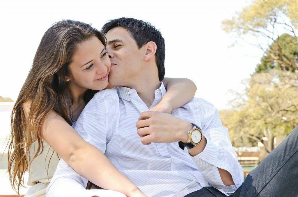 Como Namorar Um Homem Mais: Oito Maneiras De Alcançá-Lo - Enamóralo Já 2